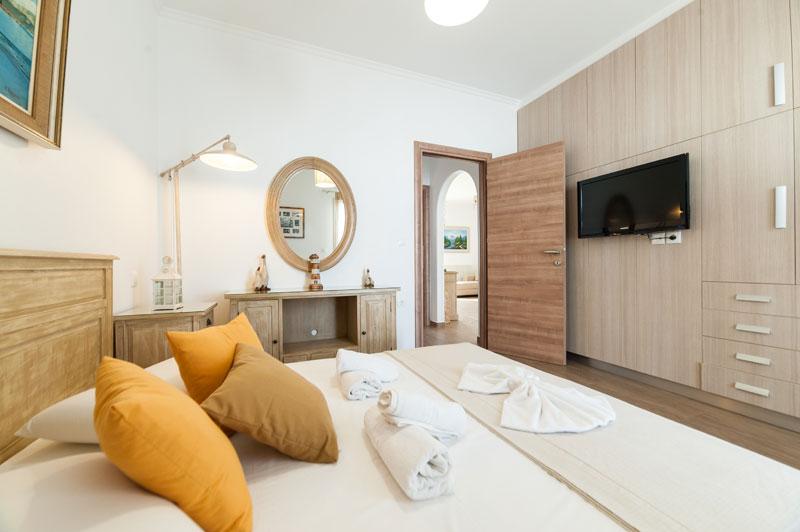 Luxury Apartment Naoussa